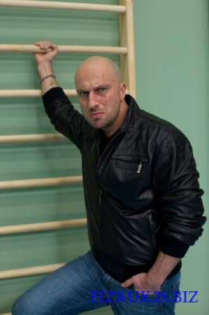 Фома (Олег Евгеньевич) в сериале Физрук - Дима Нагиев